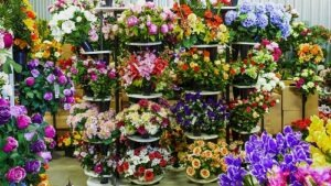 Vaste choix de Cônes Fleuris funéraires originaux pour vases cimetières chez Flora Déco