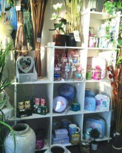 Idées cadeaux pour toute la famille à retrouver dans le magasin Flora Déco